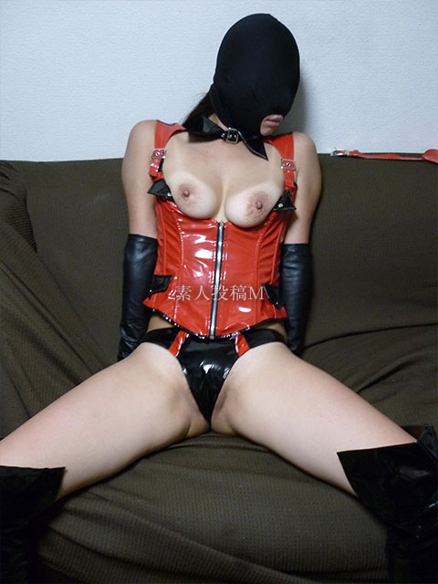 【画像】肉便器エリカのマスク姿